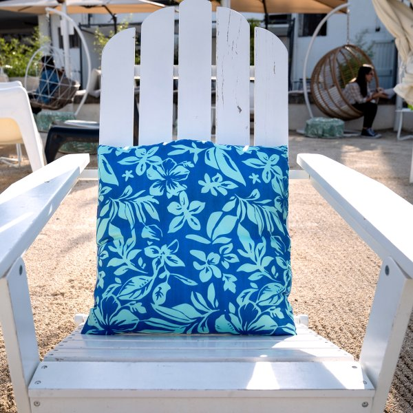 Hibiscus Pillow | Chill down in Makakilo