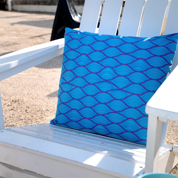 Waves Pillow | Chill down in Makakilo