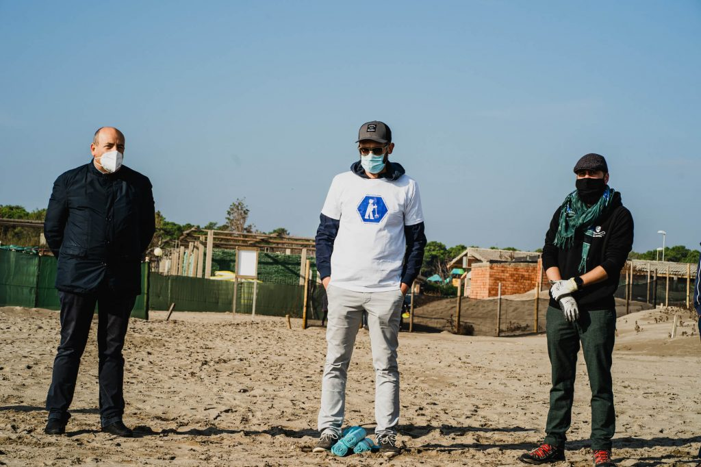 seay sea shepherd beach clean up marina porto caleri
